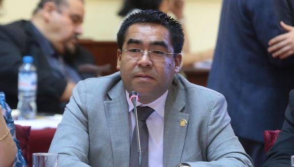 Alberto Oliva, presidente de la Comisión de Justicia, pidió opiniones para complementar el debate sobre la JNJ. (Foto: Congreso de la República)