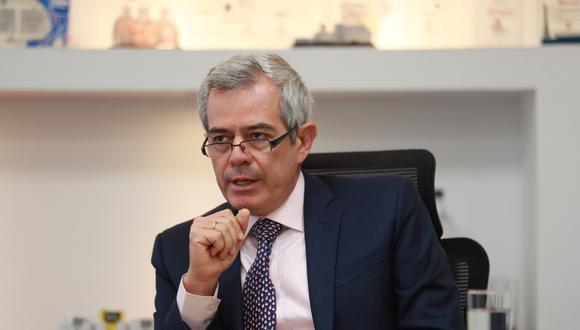 El presidente ejecutivo de Apoyo Consultoría afirma que urge una renovación del equipo ministerial en el cual, dice, son varios los ministros que no han estado a la altura de la situación (GEC).