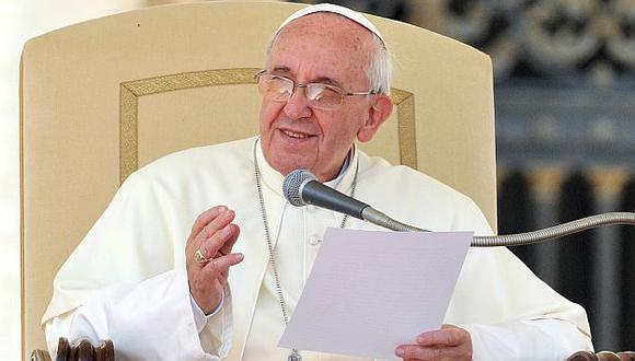 El Papa argentino pidió mayor misericordia con los gays. (AFP)