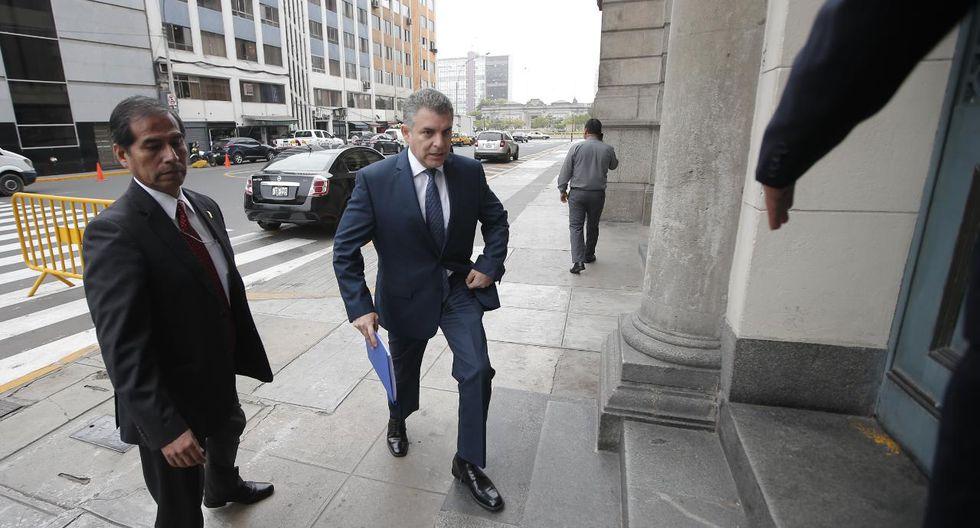 Vela compareció ante el juez supremo Hugo Núñez en el marco de la investigación que se sigue en contra Pedro Chávarry por haberlo destituido a él y al fiscal Pérez el 31 de diciembre del 2018. (Foto: Francisco Neyra / GEC)