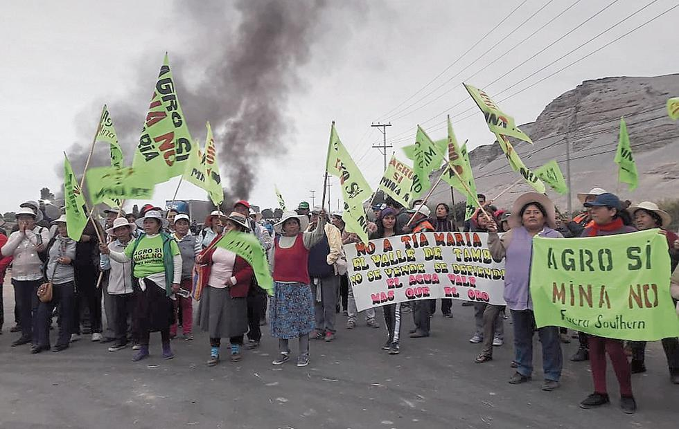 Protestas. Manifestantes radicales bloquearon vías. (Lino Mamani)
