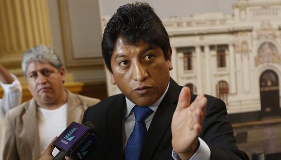 Josué Gutiérrez rechazó anuncio de la oposición de intentar sacar del cargo al ministro de Defensa. (Anthony Niño de Guzmán/Perú21)