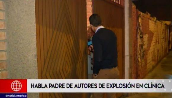 """Alejandro Benites Gómez minimizó el atentado con explosivos, pues adujo que sus hijos solo lanzaron """"petardos"""", sin tomar en cuenta que el ataque dejó 20 heridos. """"Están defendiendo a su madre"""", indicó."""