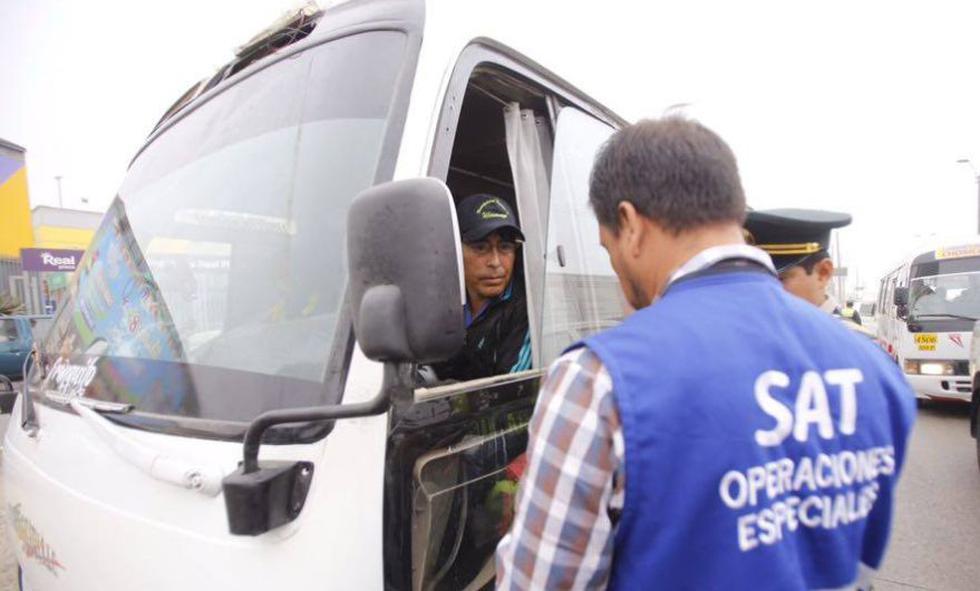 Municipalidad de Lima mandó al depósito 30 cústers y combis del Chosicano. (Municipalidad de Lima)
