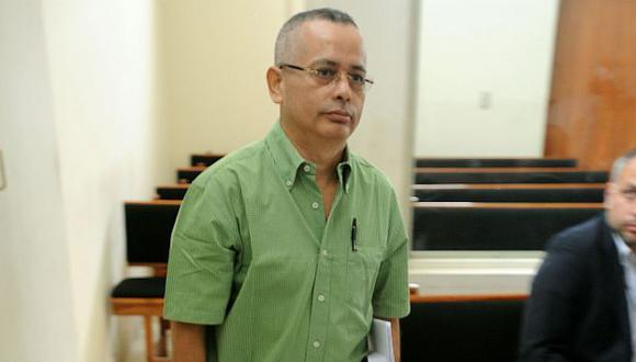 Lo dejan solo. A diario se presentan nuevas pruebas en contra de Rodolfo Orellana. (Congreso)