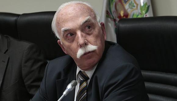 Carlos Tubino defendió su polémico proyecto de ley. (Nancy Dueñas)