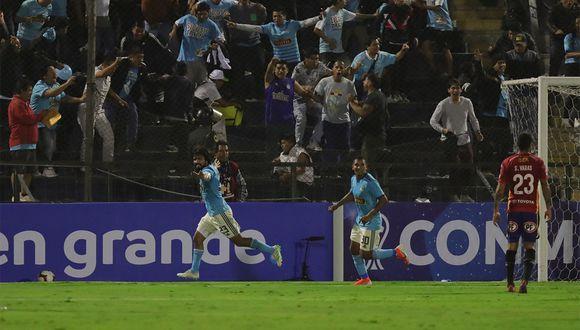 Sporting Cristal dejó un recuerdo en el vestuario de Alianza Lima. (Foto: EFE)