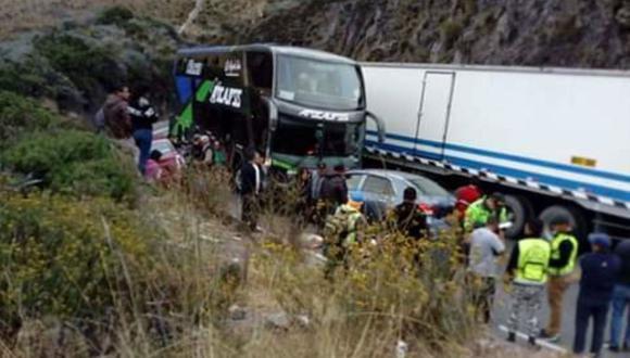 El accidente se produjo en el kilómetro 111 de la Carretera Central. (Foto: Andina)