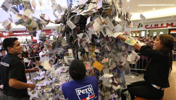 Miles de cupones. Perú21 premia, una vez más, a sus lectores. (Luis Gonzales)