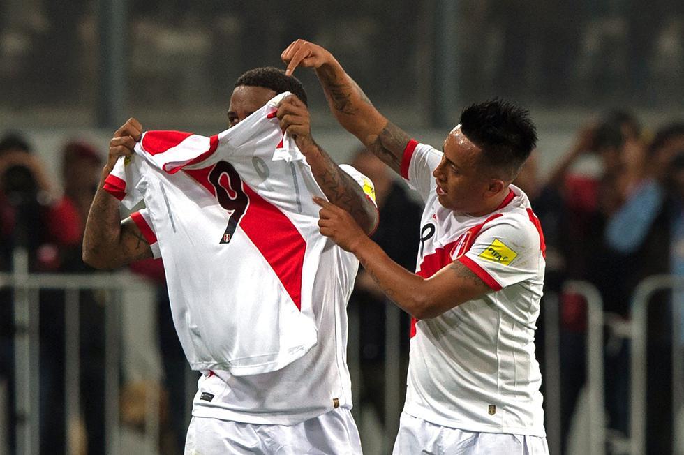 Farfán se sumará desde este miércoles a los entrenamientos de la selección peruana. (AP)