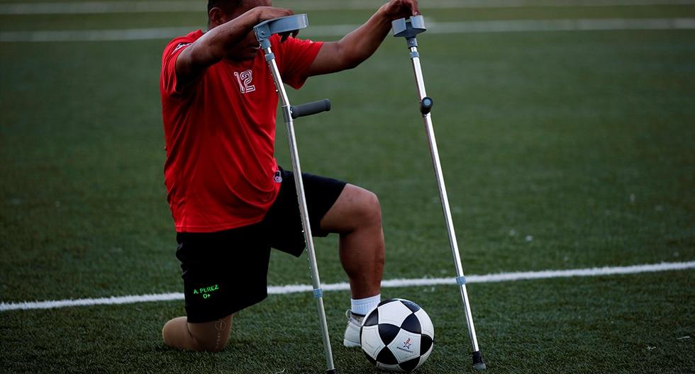 El fútbol para amputados es una disciplina que todavía no es paralímpica, pero que se está haciendo cada vez más popular en el mundo, según la FIFA. (EFE)
