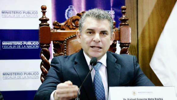 El fiscal Rafael Vela Barba encabezó una conferencia de prensa para confirmar la decisión del Poder Judicial sobre el acuerdo con Odebrecht. (Foto: Difusión)
