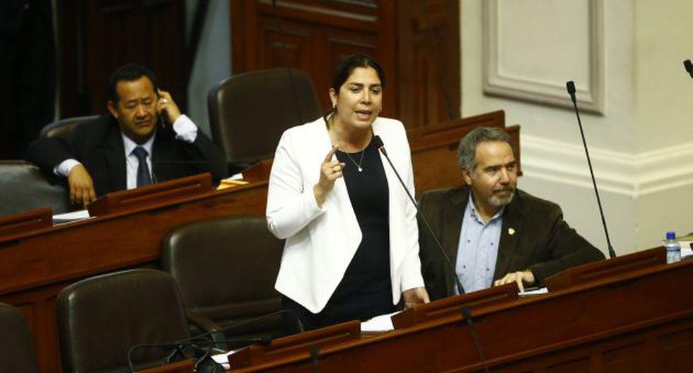 La fujimorista defendió el trabajo de la Comisión de Constitución.