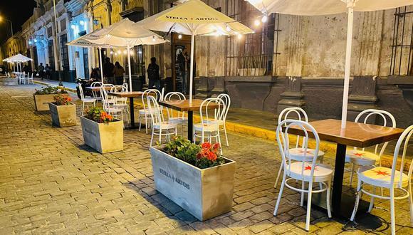 Estas terrazas gastronómicas instaladas ofrecen el plan ideal para disfrutar de la diversidad culinaria. (Foto: Terrazas Arequipa)