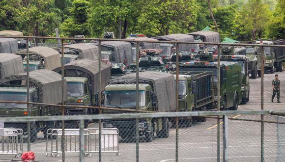 Estas declaraciones se publican el mismo día en el que han sido fotografiados decenas de vehículos militares chinos en la ciudad de Shenzhen, limítrofe con Hong Kong. (Foto: EFE)