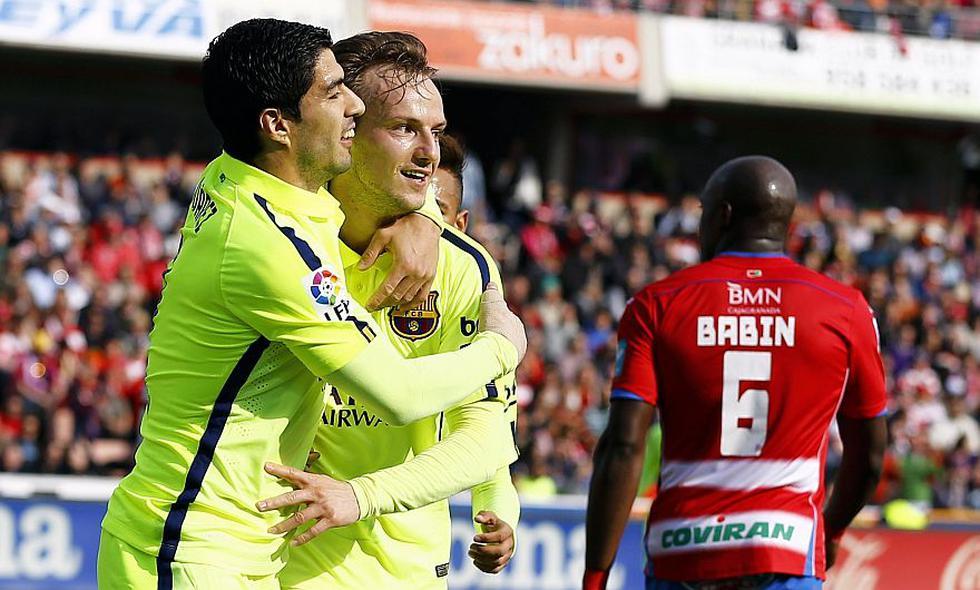 Barcelona aún sueña con retomar la punta de la Liga española. (Reuters)