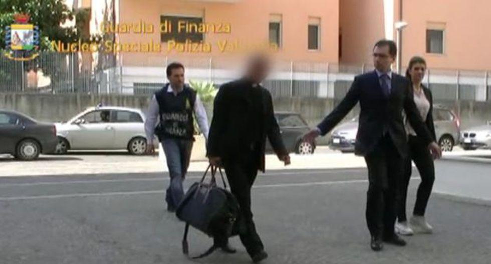 Escándalo. Scarano utilizó dinero de donaciones para pagar hipoteca de su casa de Salerno. (AP)