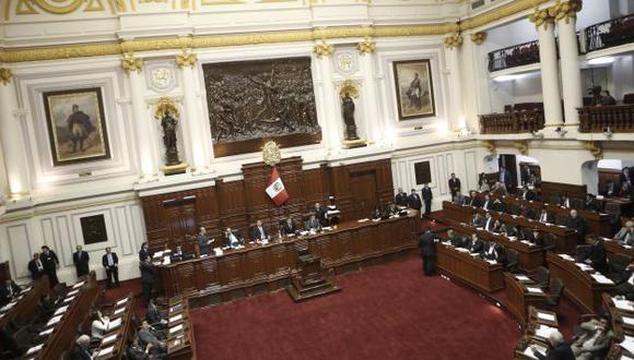 Congresistas del fujimorismo y del Frente Amplio chocan por reforma electoral.