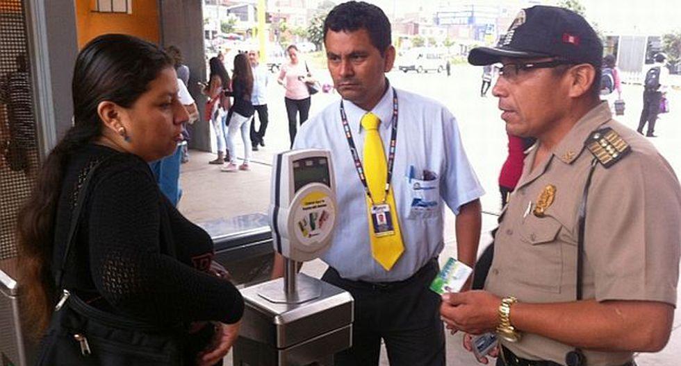 Intervinieron a 300 usurpadores con tarjetas preferenciales en el Metropolitano. (Protransporte)