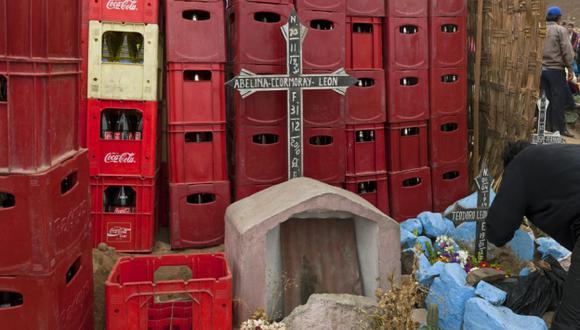 Contigo Perú. Edi Hirose tomó esta imagen en el cementerio de Villa María del Triunfo. (Difusión)