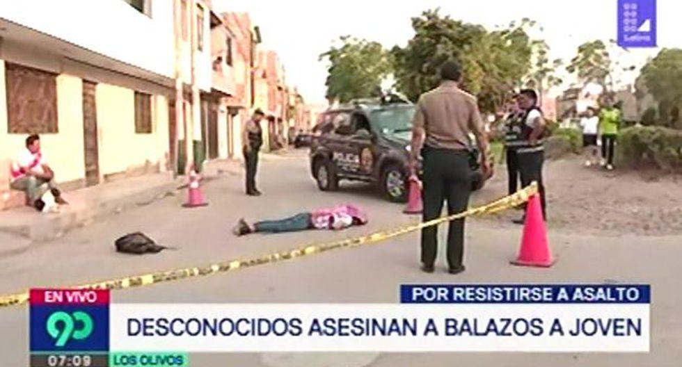 Joven es asesinado a balazos por desconocidos por resistirse al asalto (Captura: Latina)