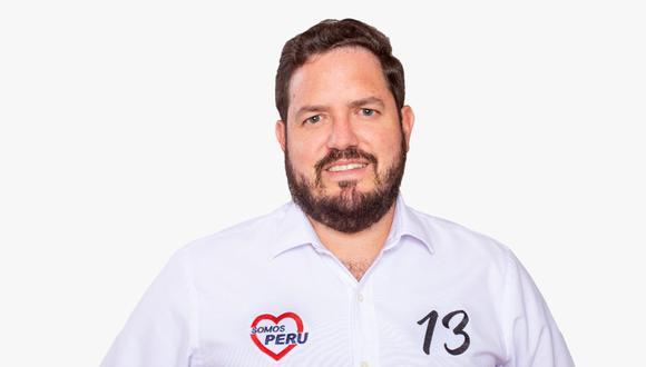 Gustavo Cesti postula al Congreso con Somos Perú.