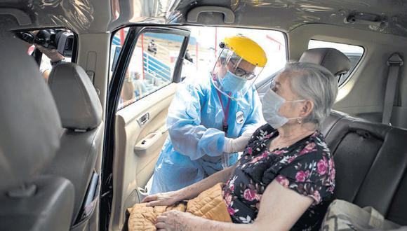 EN VEREMOS. Llegada de más dosis permitirá acelerar el proceso de inmunización nacional. (Joel Alonzo/GEC)
