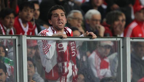 Toda la rabia del aficionado peruano en una canción. (USI)