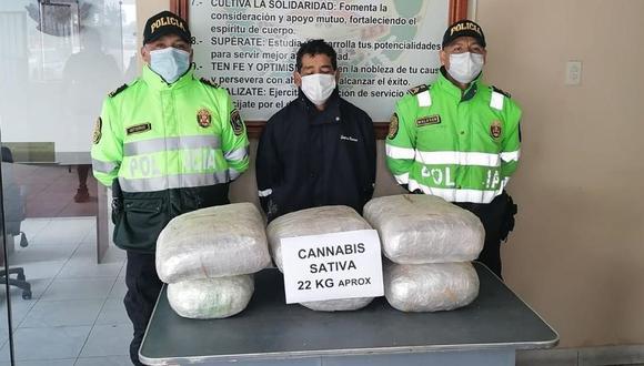 La Libertad: el intervenido y la droga decomisada fueron puestos a disposición del Área Antidrogas de Trujillo. (Foto: PNP)