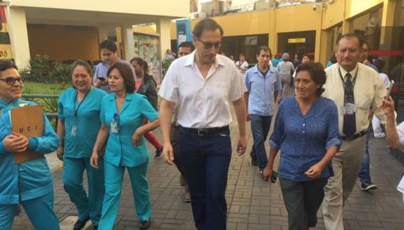 Martín Vizcarra recorrió muy temprano las instalaciones del ex Hospital del Niño