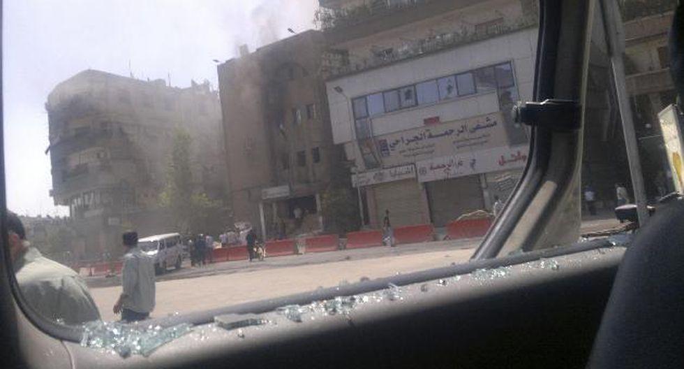 Miembro del Ejército Libre de Siria  chocan con fuerzas de Assad. (AP)