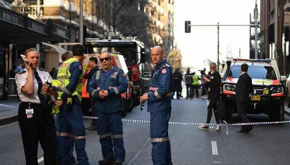 """La policía confirmó la detención del atacante e indicó que la víctima se encontraba """"estable"""". (Foto: AFP)"""