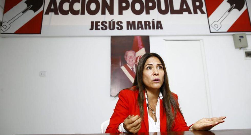 """""""No tengo ningún proceso de violencia familiar ejercida hacia mi menor hijo. Fui la denunciante y de denunciante pasé a ser denunciada"""", afirmó Mónica Saavedra. (Foto: GEC)"""
