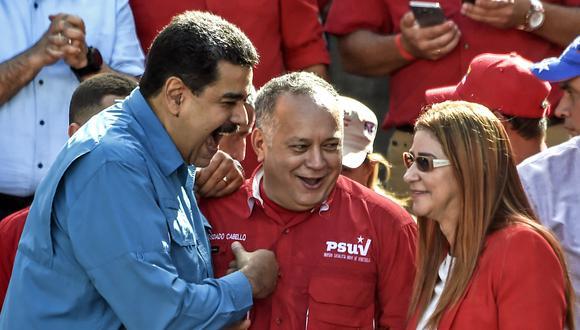 Nicolás Maduro aprovecha la desunión de los opositores al chavismo, argumenta el internacionalista Juan Velit. (AFP)