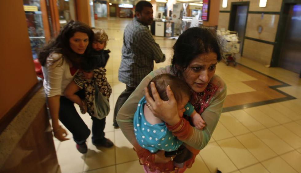 Al menos 30 personas murieron y 60 resultaron heridas en el ataque al lujoso centro comercial Westgate de Nairobi. (Reuters)