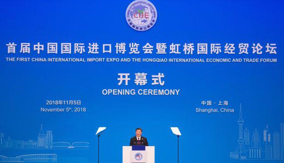 """El presidente chino, Xi Jinping inauguró la feria global de importación """"China International Import Expo"""" que se celebra en Shanghái. (Foto: EFE)"""
