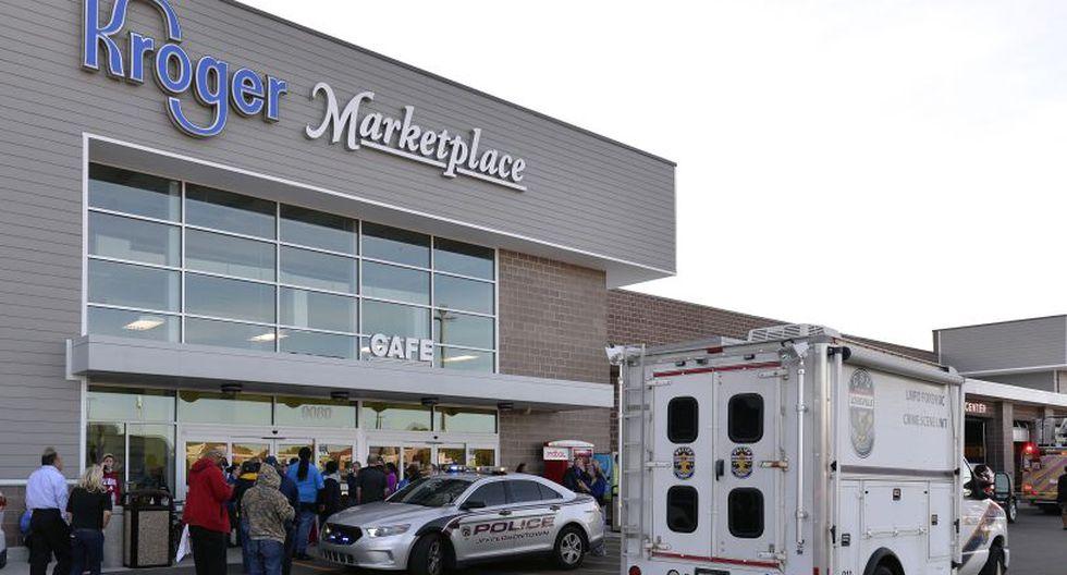 La cadena del supermercado en cuestión, Kroger, indicó que un sospechoso había sido detenido. | Foto: AP