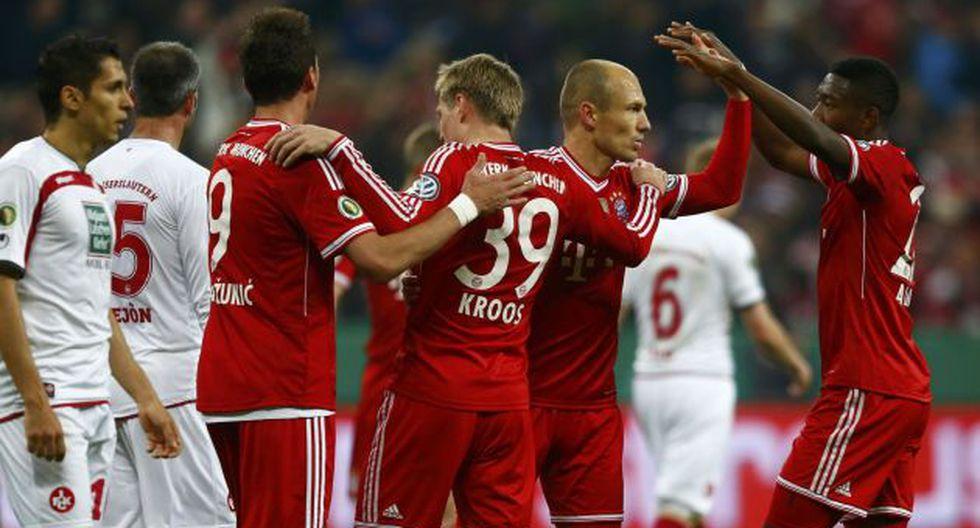 Bayern aplastó 5-1 al Kaiserlautern y llegó a la final de la Copa de Alemania. (Reuters)