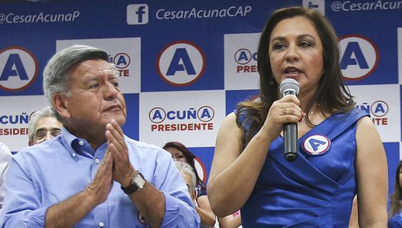 """""""Ella [Marisol Espinoza] ha actuado a título personal, confabulándose con los fujiapristas, de quien es aliada, a fin de hacer daño a nuestro partido"""", señaló Acuña. (Foto: GEC)"""