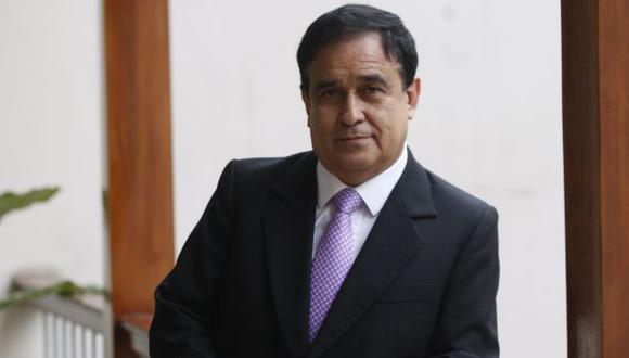 Optimista. Fredy Otárola no se amilana ante intención de voto de Daniel Urresti que publican encuestas. (Perú21)