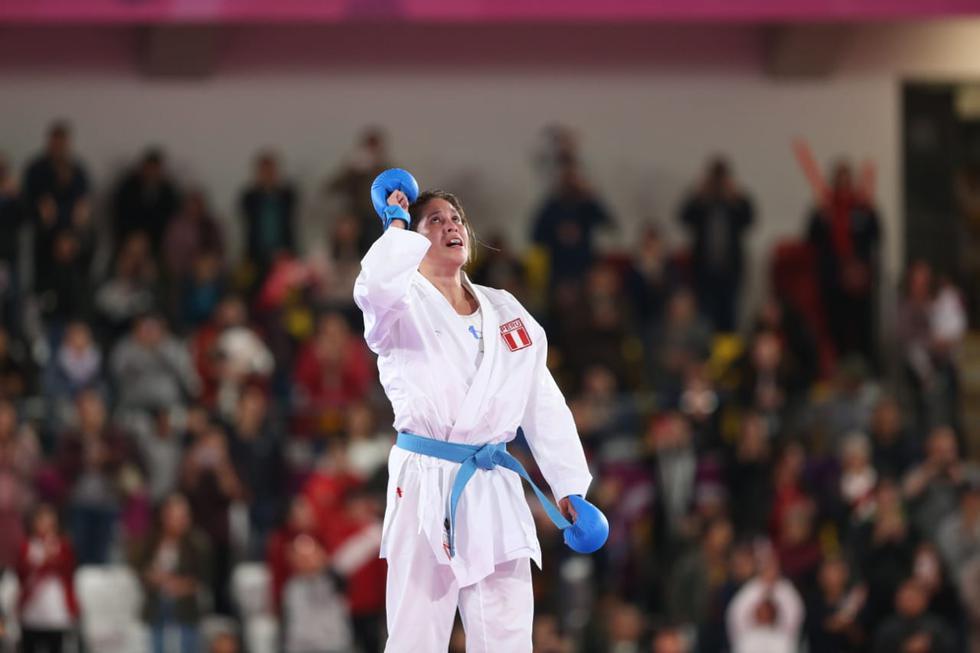 Alexandra Grande mantiene el campeonato panamericano al lograr una nueva medalla de oro en Karate. (Violeta Ayasta)