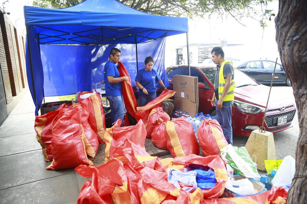 La iniciativa tiene como meta llegar a las 30 toneladas de productos y poder enviar los kits de ayuda humanitaria a diversas zonas del sur afectadas por los embates de la naturaleza (Fotos: GEC)
