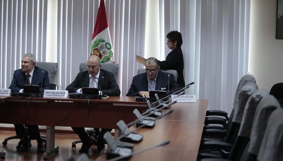 Luis Castañeda se excusó de brindar más detalles sobre lo dicho en la sesión de la Comisión de Defensa del Consumidor, puesto que la misma fue de carácter reservado. (Foto: Hugo Pérez/ GEC)