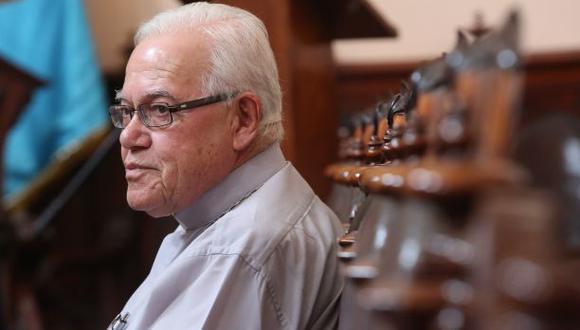 Monseñor Luis Bambarén murió por COVID-19.