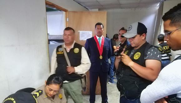 Malos elementos. Agentes aprovecharon su cargo para exigir cupos a transportistas informales. (Perú21)