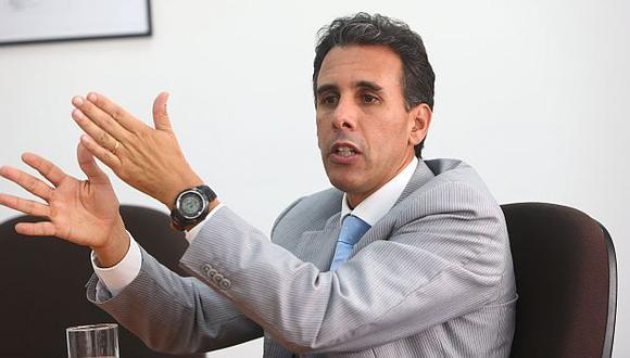 Ministro de Producción reconoció que caída de los precios de las materias primas restará puntos al PBI. (Rafael Cornejo)