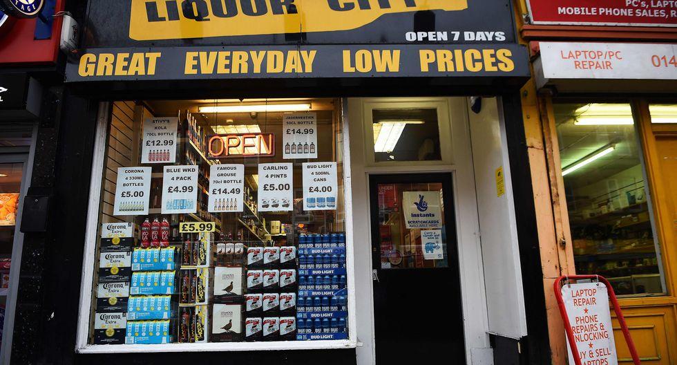 Escocia se convierte en la primera nación en el mundo en fijar un precio mínimo al alcohol. (AFP)