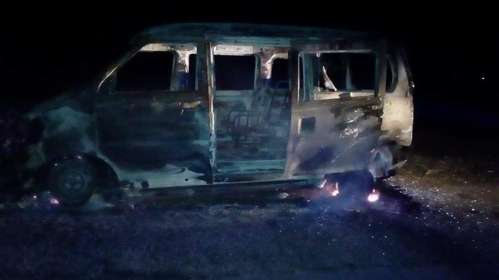 Los extorsionadores robaron la unidad y la incendiaron en un descampado del centro poblado Chiquitoy.