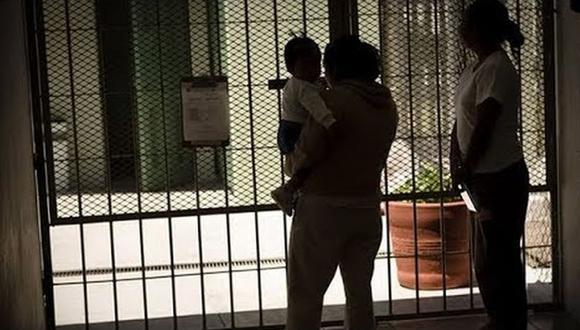 Una presa asesinó a uno de sus bebés y hiere a otro en guardería de cárcel. La mujer se encuentra en el lugar desde hace un mes.  | Foto: Captura Video / Referencial