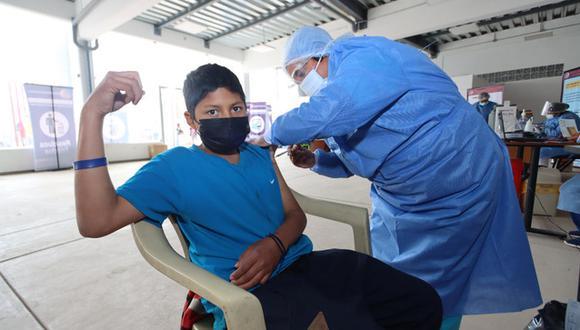 Este jueves 14 de octubre comenzó la vacunación contra el COVID-19 a los cusqueños de 26 años en adelante. (Foto: Gobierno Regional de Cusco)